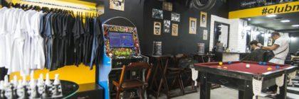 Brasileiros criam rede de barbearias gourmet