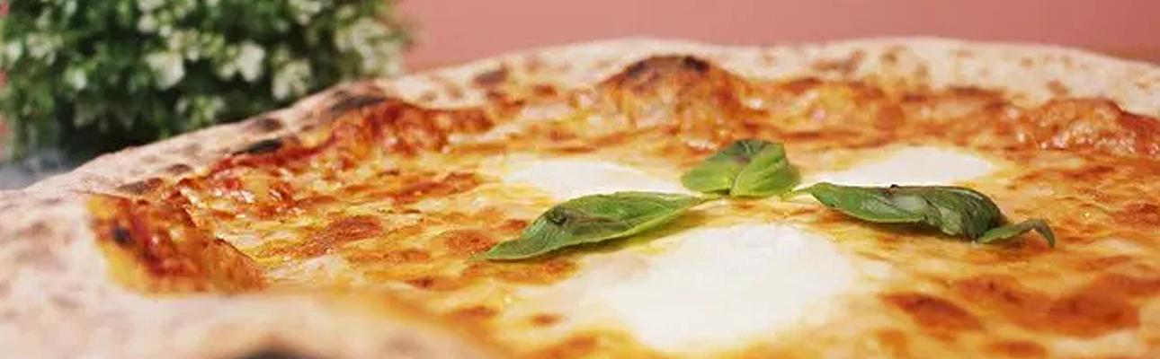 Pizzaria Luzzo com novidades para o confinamento