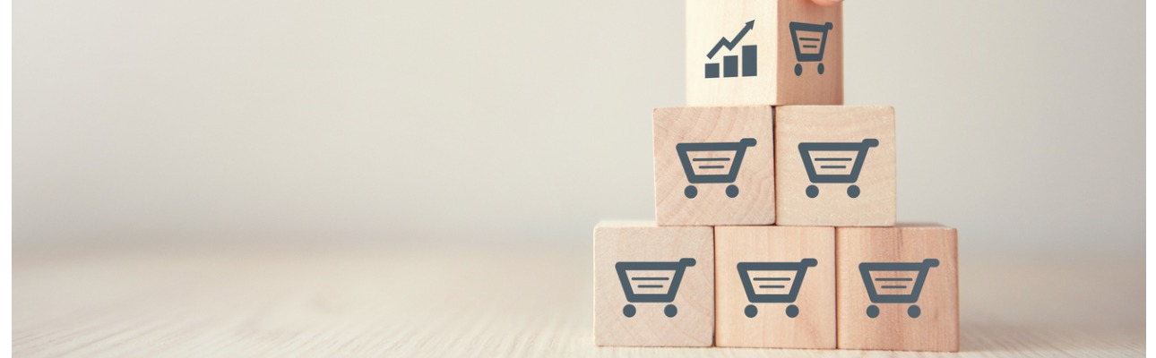 O volume de negócios no comércio a retalho registou uma variação homóloga negativa de 21,6% em abril, (redução de 5,6% no mês anterior), agravando em 16 pontos percentuais (p.p.) o desempenho comparativamente com março, revelam os dados divulgados pelo Instituto Nacional de Estatística (INE).